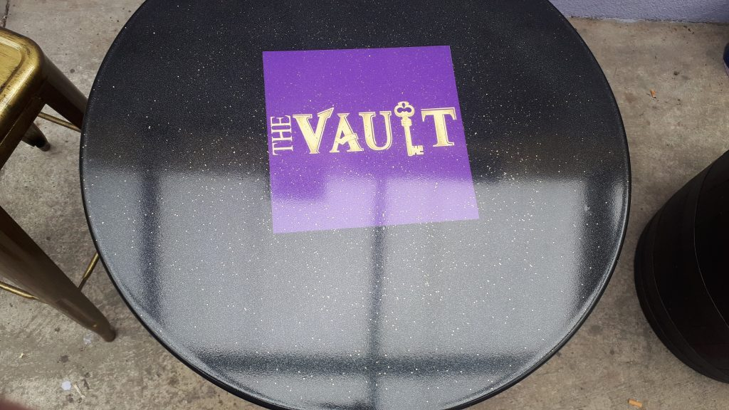 embed business and companies logos within the epoxy resin